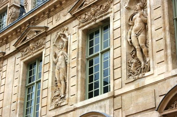 L'agression de Kim Kardashian aura des répercussions sur le tourisme à Paris