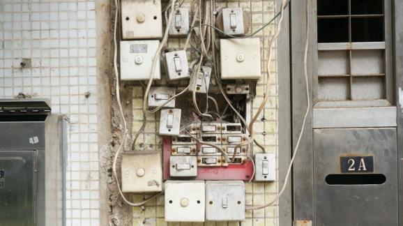Gare à la fin de la trêve hivernale pour les coupures d'électricité et de gaz
