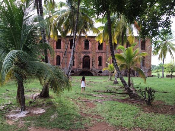 Guyane : le gouvernement demande la levée des barrages