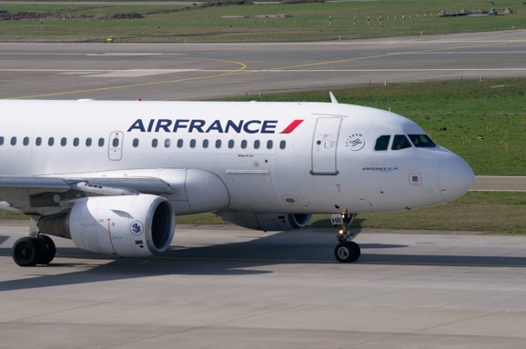Air France-KLM transporte toujours plus de passagers