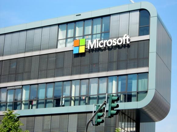 Microsoft va supprimer près de 3000 postes