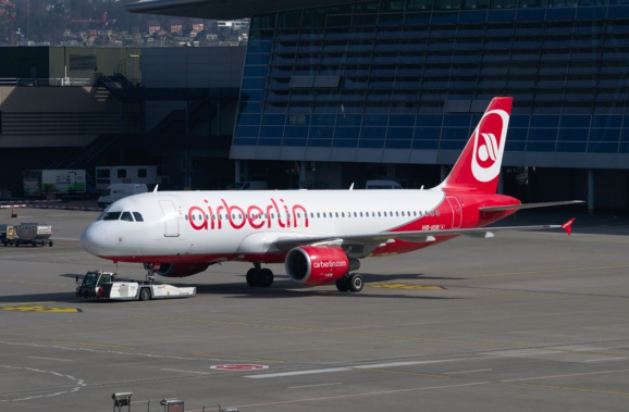 Insolvable, Air Berlin poursuit son activité