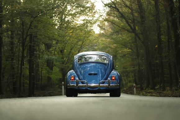 Volkswagen prend son temps sur le marché du tout électrique