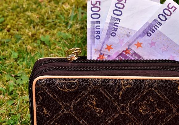 Bruno Le Maire détaille la surtaxe exceptionnelle sur les entreprises