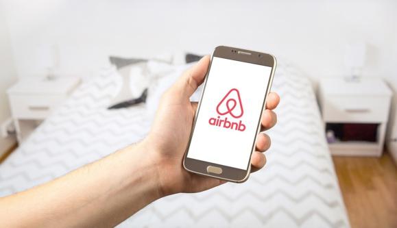 Airbnb a récolté 13,5 millions d'euros de taxe de séjour en France