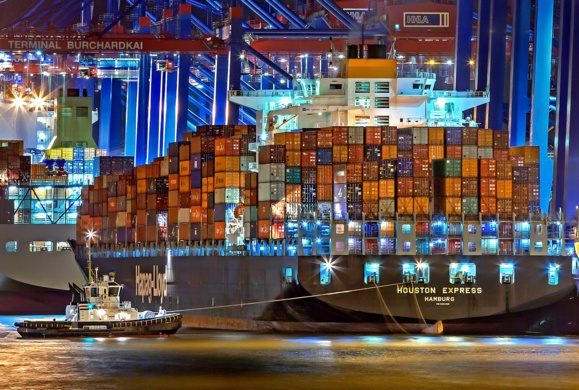 Le déficit commercial français se creuse au premier trimestre