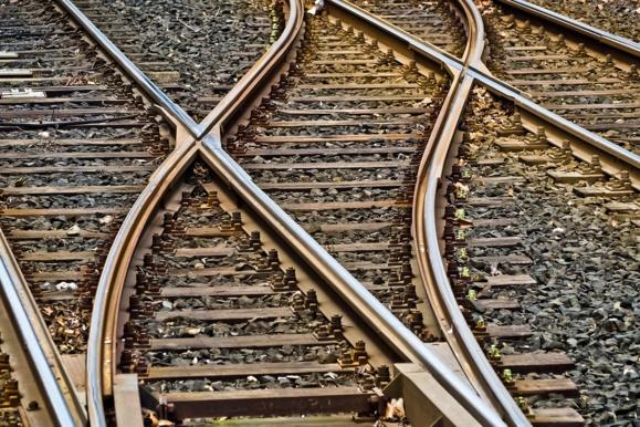 La fin du statut de cheminot ferait économiser 100 millions d'euros à la SNCF