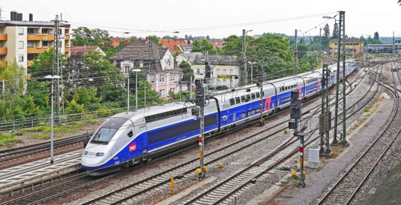 """SNCF : selon Guillaume Pepy, la grève devrait coûter """"plus de 300 millions d'euros"""""""