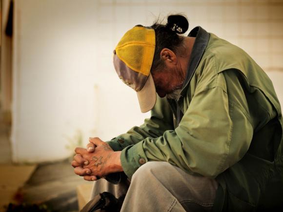 France : le taux de pauvreté se stabilise à 14 %