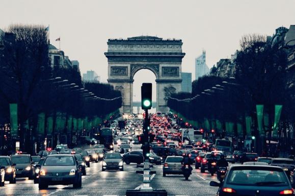 Renault lance ses voitures électriques en autopartage à Paris cette semaine