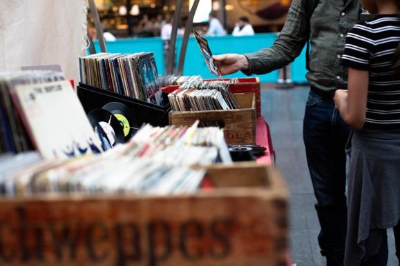 Record de ventes pour l'album posthume de Johnny Hallyday