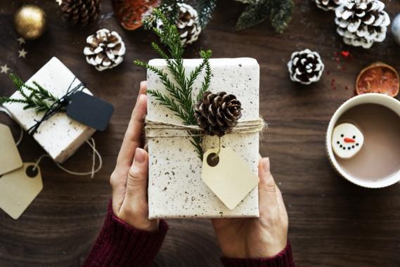 Revente des cadeaux de Noël : une pratique qui s'accroît