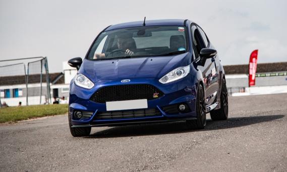 Le gouvernement fait pression sur Ford pour la réindustrialisation du site de Blanquefort