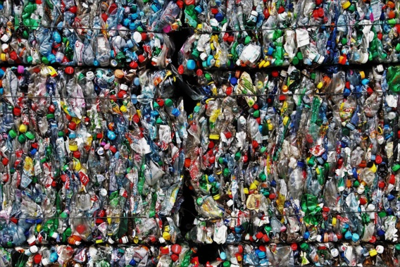Tropicana abandonne la brique en carton pour la bouteille en plastique