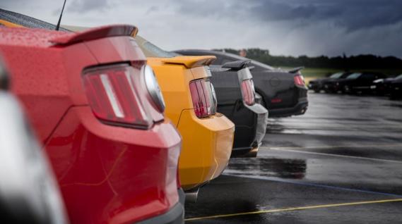 12000 emplois supprimés chez Ford en Europe