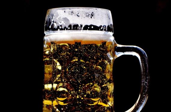 Les coûts élevés de l'alcool au travail au Royaume-Uni