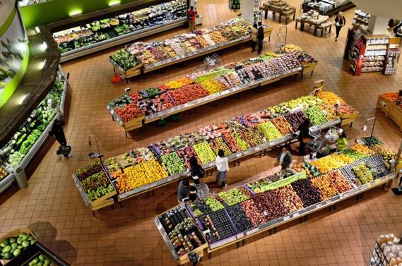 Les cinq fruits et légumes coûtent cher aux Français