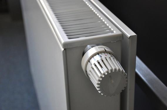 Pour réguler le réseau électrique, des boîtiers pour réduire le chauffage des particuliers