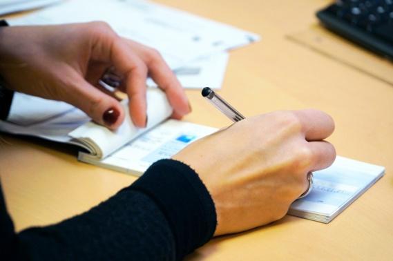 Bruno Le Maire évoque une annulation des charges pour les entreprises les plus touchées