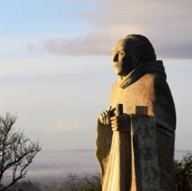 Saint Colomban, sculpture de Didier Hardellet