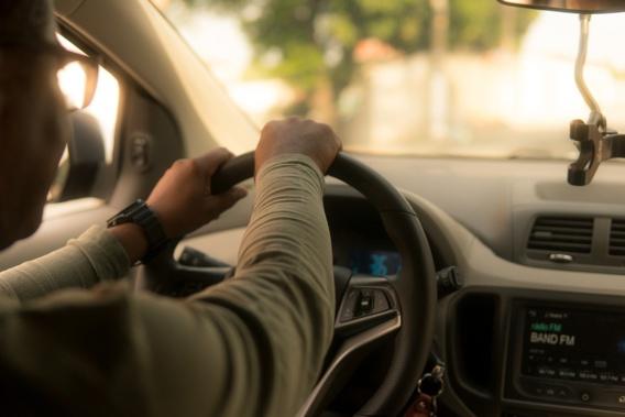 VTC : la justice californienne ordonne la requalification des chauffeurs en employés