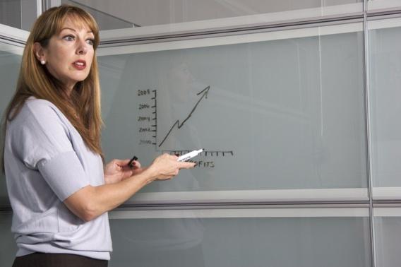 La crise sanitaire creuse l'écart entre les hommes et les femmes au travail