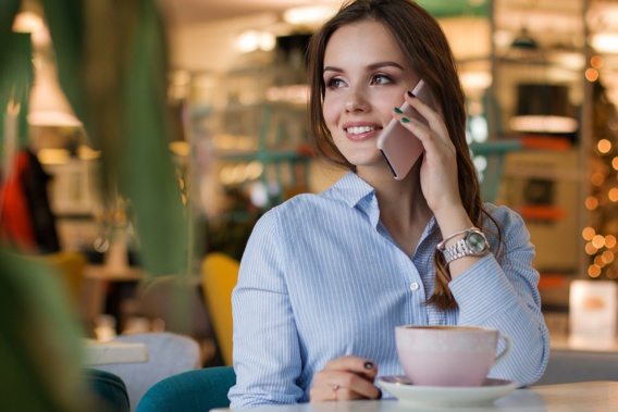 Free lance une offre de location de smartphone avec option d'achat