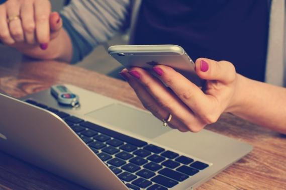 Le médiateur de l'assurance pointe du doigt les assurances pour smartphones
