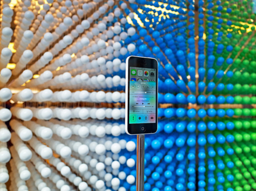 En 3 jours de lancement, plus de 9 millions d'iPhone 5C et 5S ont été écoulés dans le monde.