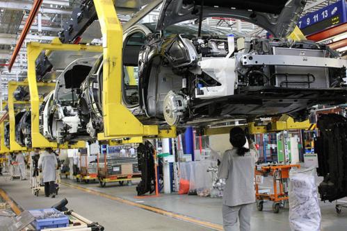 PSA espère produire un million de véhicules d'ici 2016.