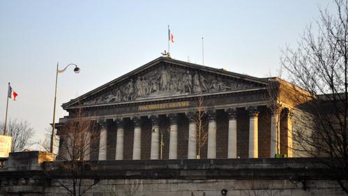 Malgré la grogne fiscale, les députés devraient voter le budget 2014