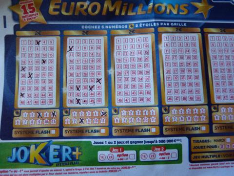 L'EuroMillions met en jeu la somme de 43 millions d'euros.