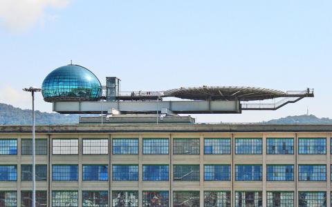 Le Lingotto à Turin, un des principaux sites industriels de FIAT. cc/flickr/dalbera