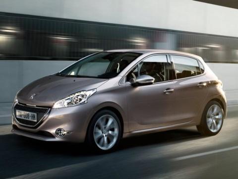 Immatriculations de voitures neuves : des raisons d'espérer malgré une nouvelle perte en 2013