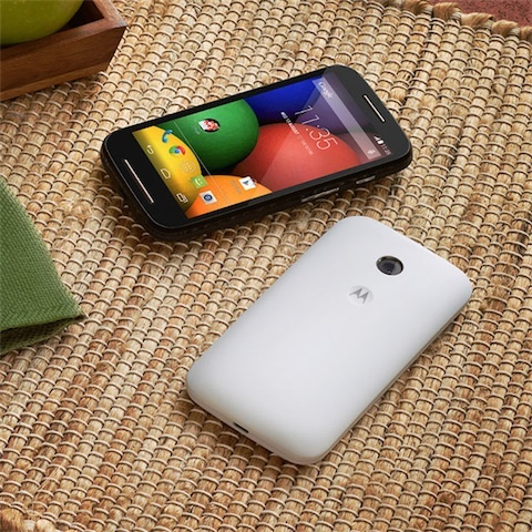 Motorola lance un smartphone complet à prix low cost