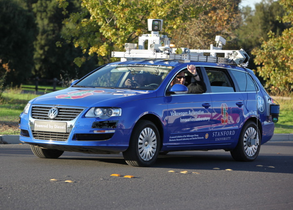 VAIL autonomous driving and parking demonstration at Stanford University (Sous licence Creative commons)