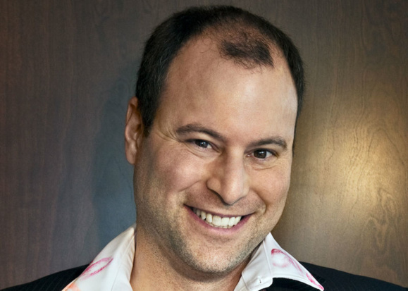 En plein scandale, le PDG d'Ashley Madison est débarqué