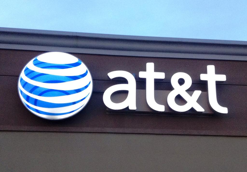 Téléphonie et médias : acquisition géante aux États-Unis
