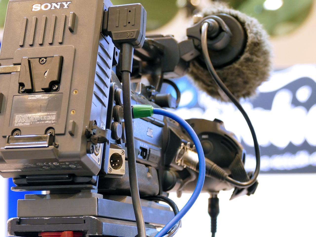La gestion de France Télévisions taclée par la Cour des comptes