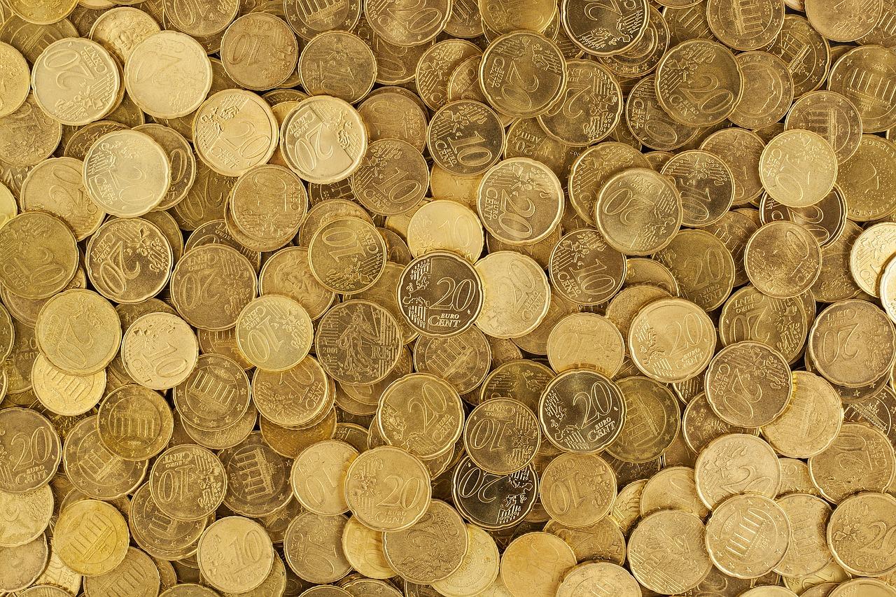 En 2014, le salaire moyen était de 2225 euros
