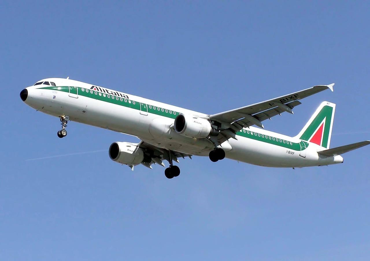 Coupes claires chez Alitalia