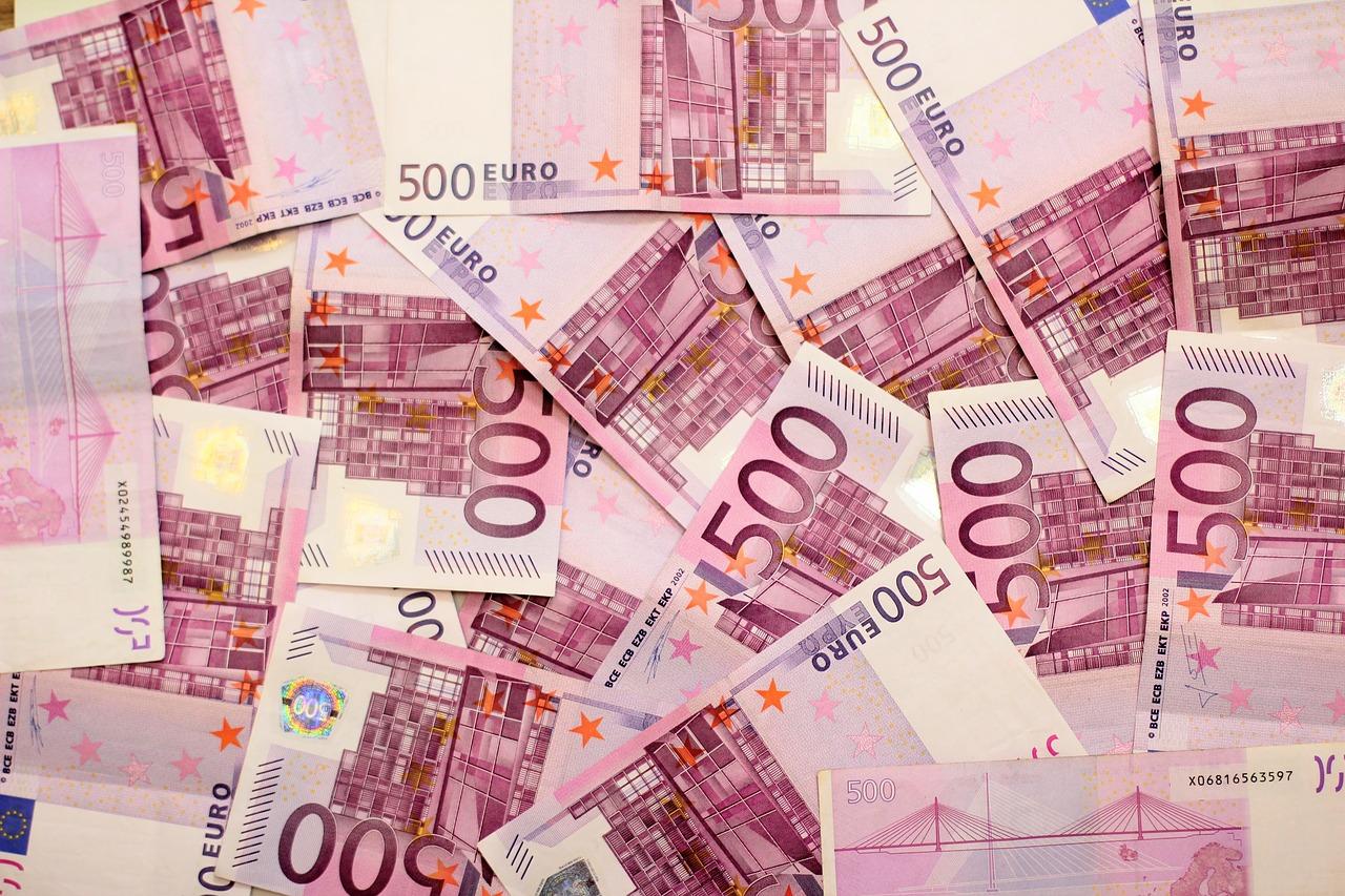 Macron/Philippe : un enthousiasme mesuré pour le FMI