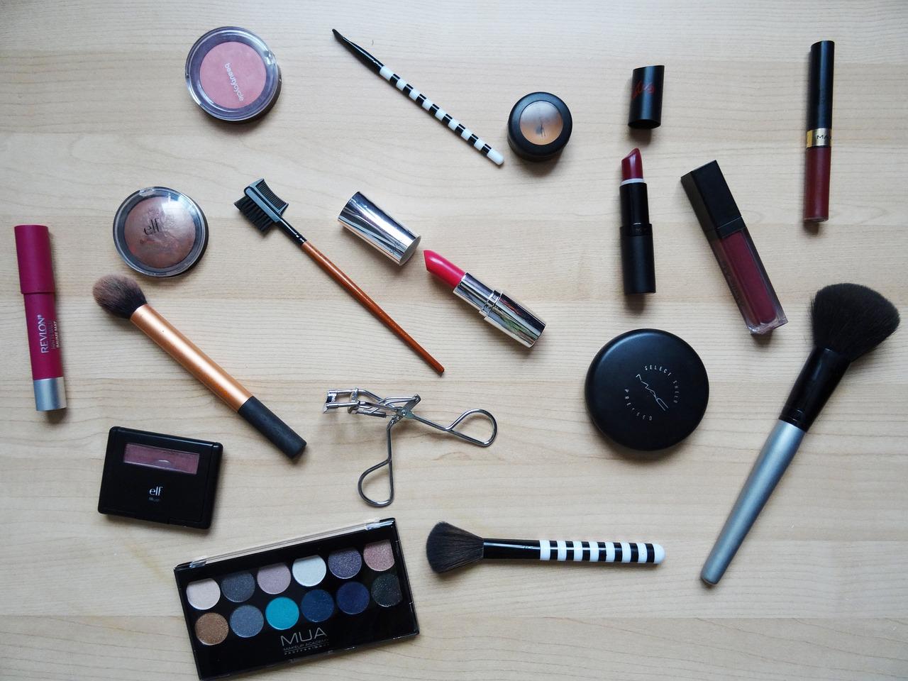 Des produits cosmétiques dangereux récemment retirés de la circulation