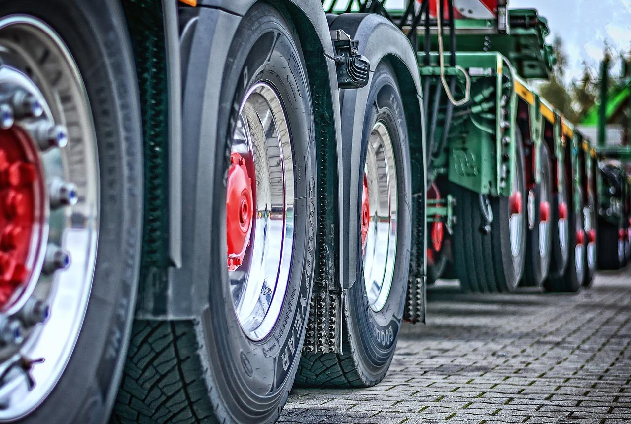 Travailleurs détachés : le transport routier européen vent debout