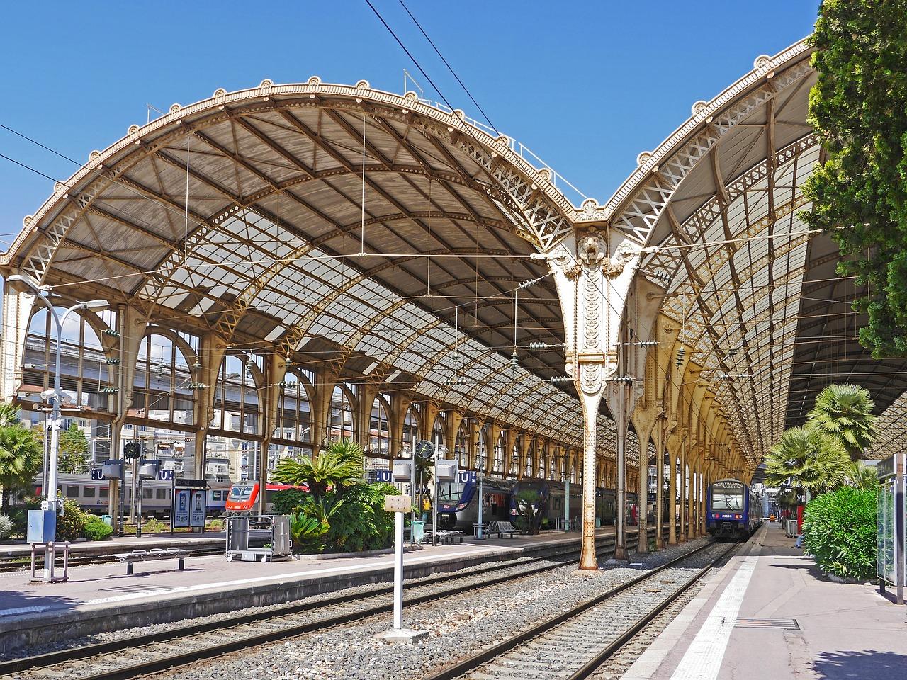 SNCF : le gouvernement tente de déminer le terrain social