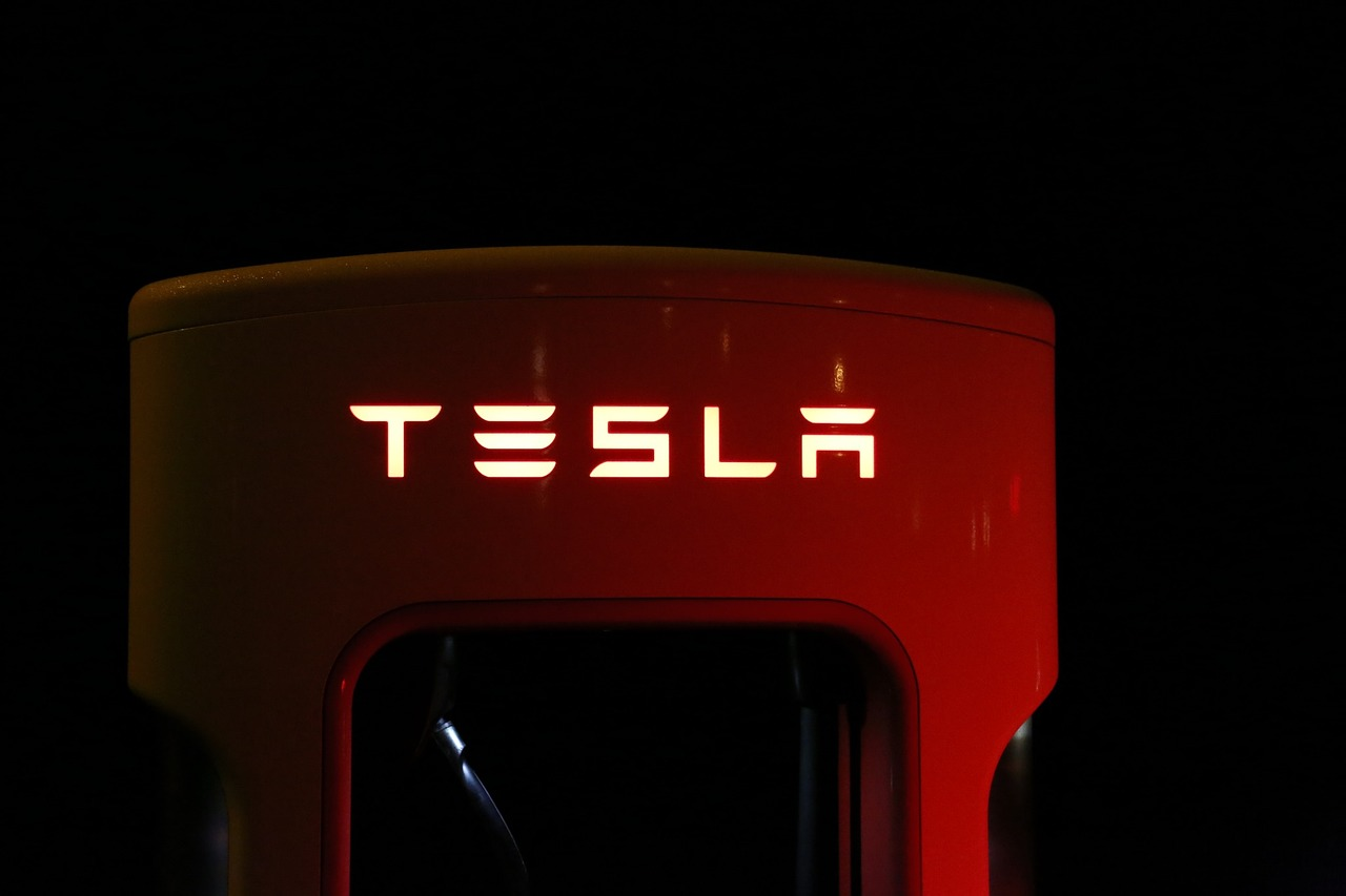 Tesla interrompt momentanément la production de la Model 3