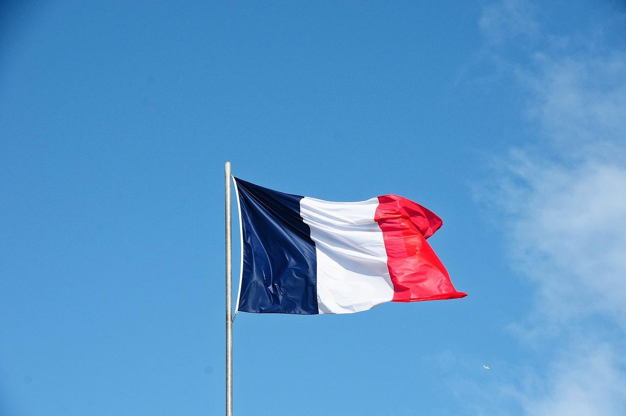 En avril, la machine économique française repart à la hausse