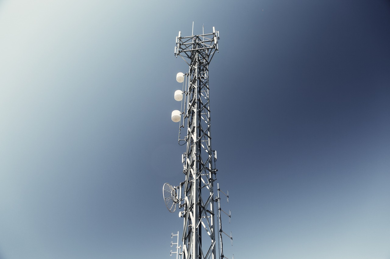 Les antennes 4G couvrant les zones blanches commencent à pousser de terre
