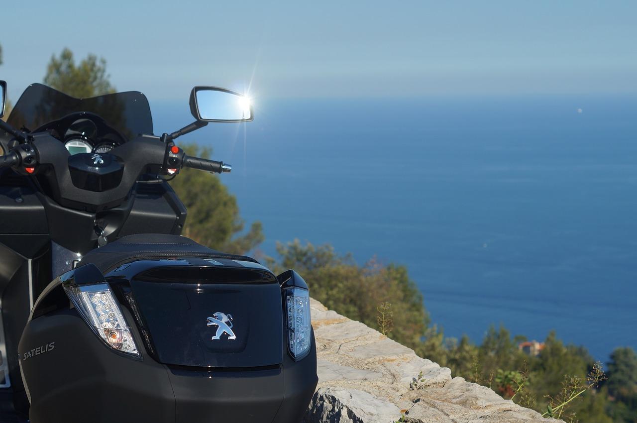 De nouveau des motos Peugeot sur les routes