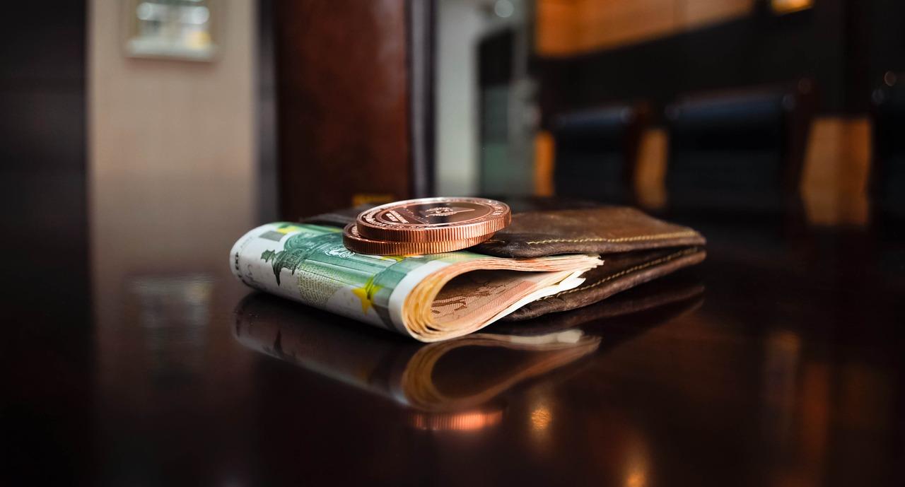 Bruno Le Maire veut baisser les impôts et la dépense publique